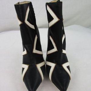 Gwen Stefani Kaoru Ankle Boots
